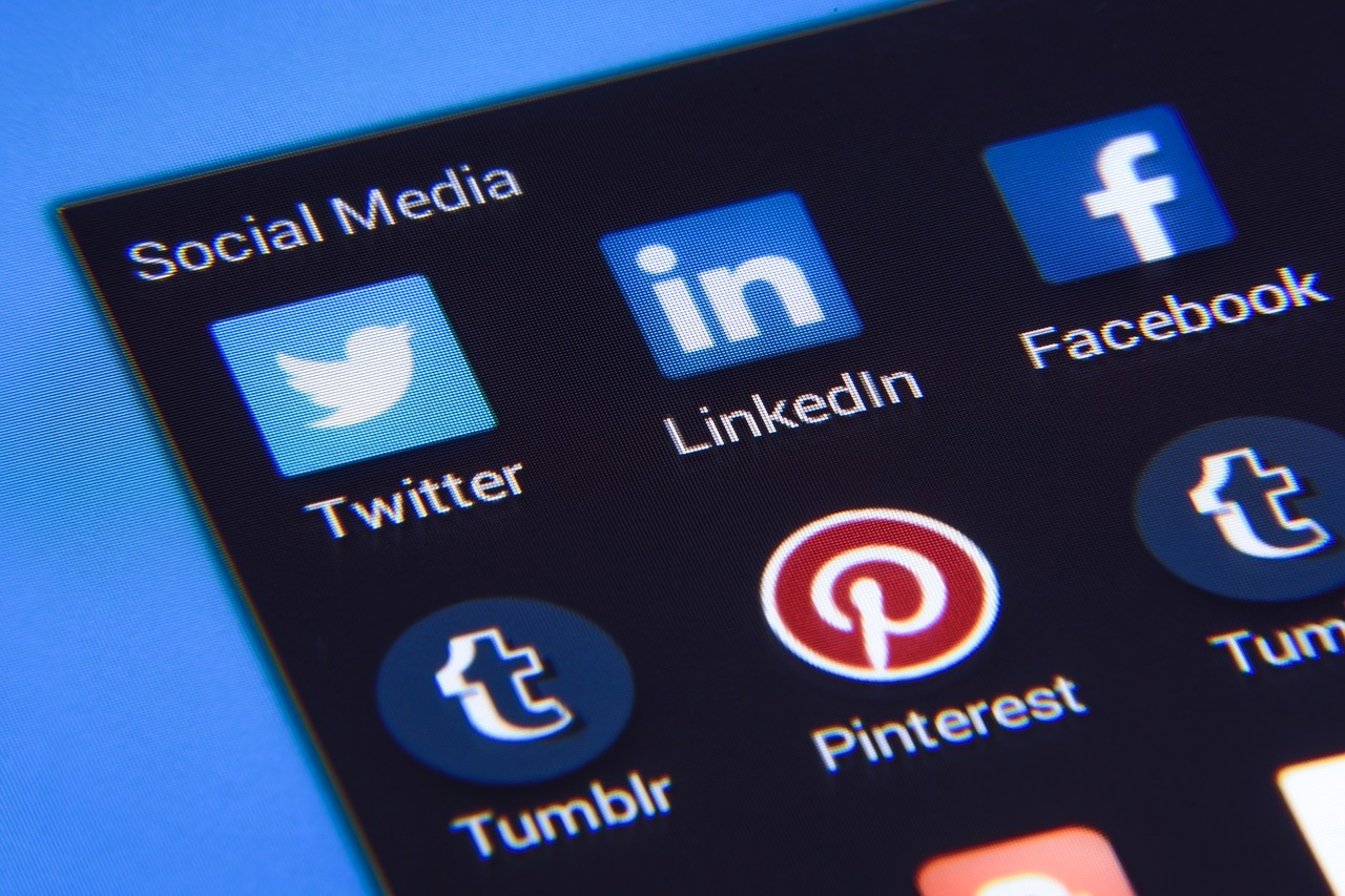 Using your CRM for social media engagement!